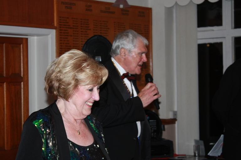 CHARTER DINNER 2016 - Jeff thanking Anne for the extraordinary amount of work she does for the Club and in particular the Charter Dinner.