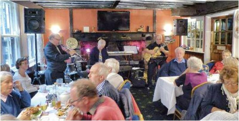 CHIPPY JAZZ AND MUSIC 2012 - Meanwhile in the Crown and Cushion...