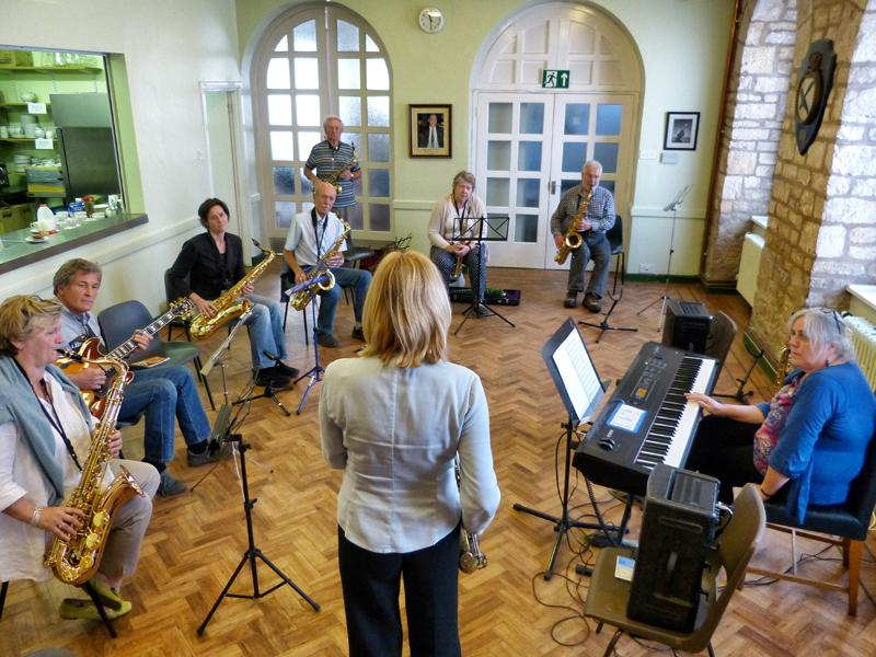 CHIPPY JAZZ AND MUSIC 2013 - making their own music