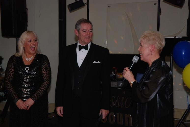 CHARTER DINNER 2015 - Darling Elaine gave a very nice vote of thanks to Ann and Peter.