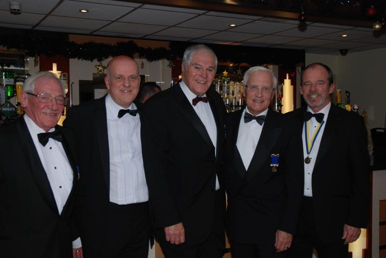 CHARTER DINNER 2015 - Jeff with his chain gang of 2004 - 2005.  Dougie Tait was missing through injury.