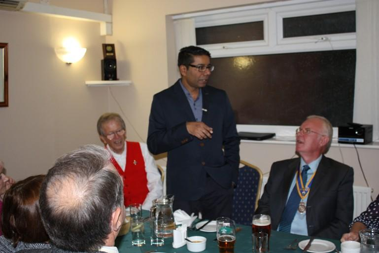 Hospital Consultant from India visits Blackpool South Rotary Club - Kannane responds to the President's welcome and Kannane gave an interesting account of his life.