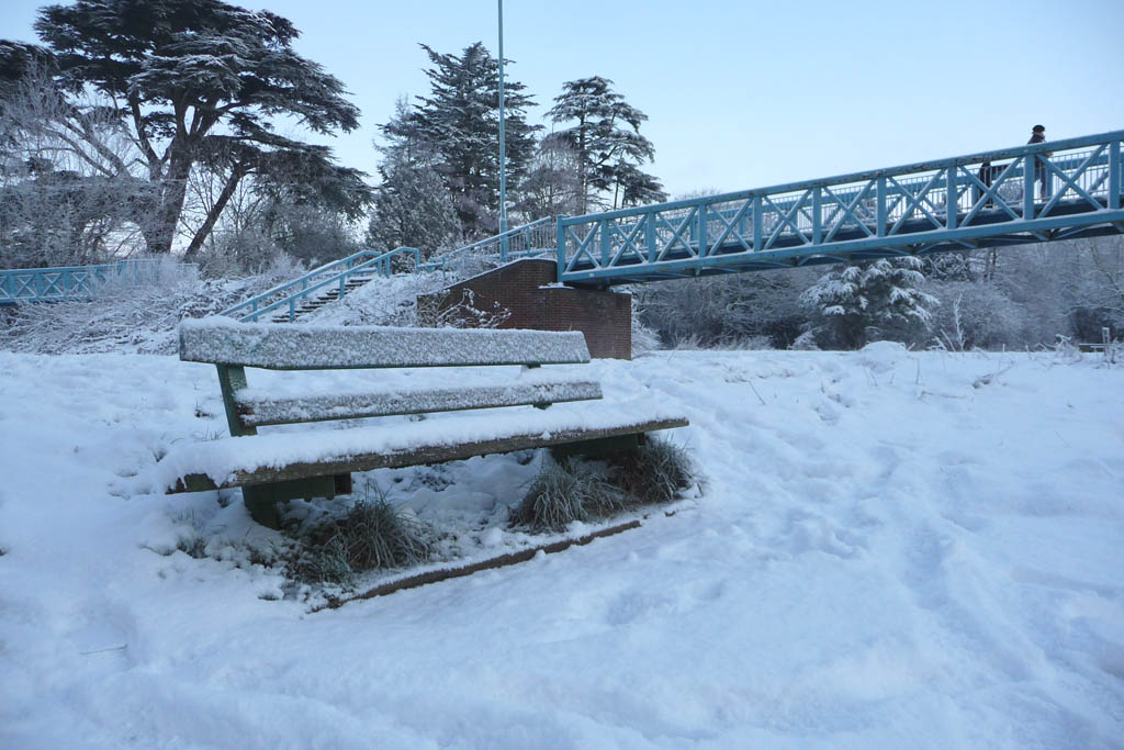 Blandford in the snow -  A cold seat