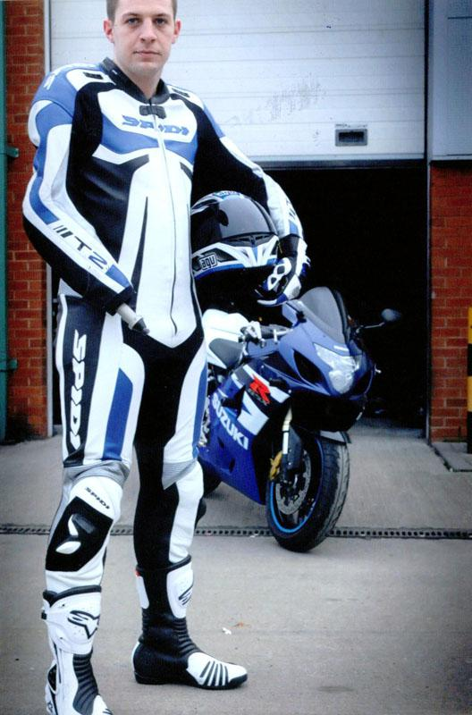 Andrew Garthwaite's Suzuki GSXR600 Adaption  - with his motorcycle