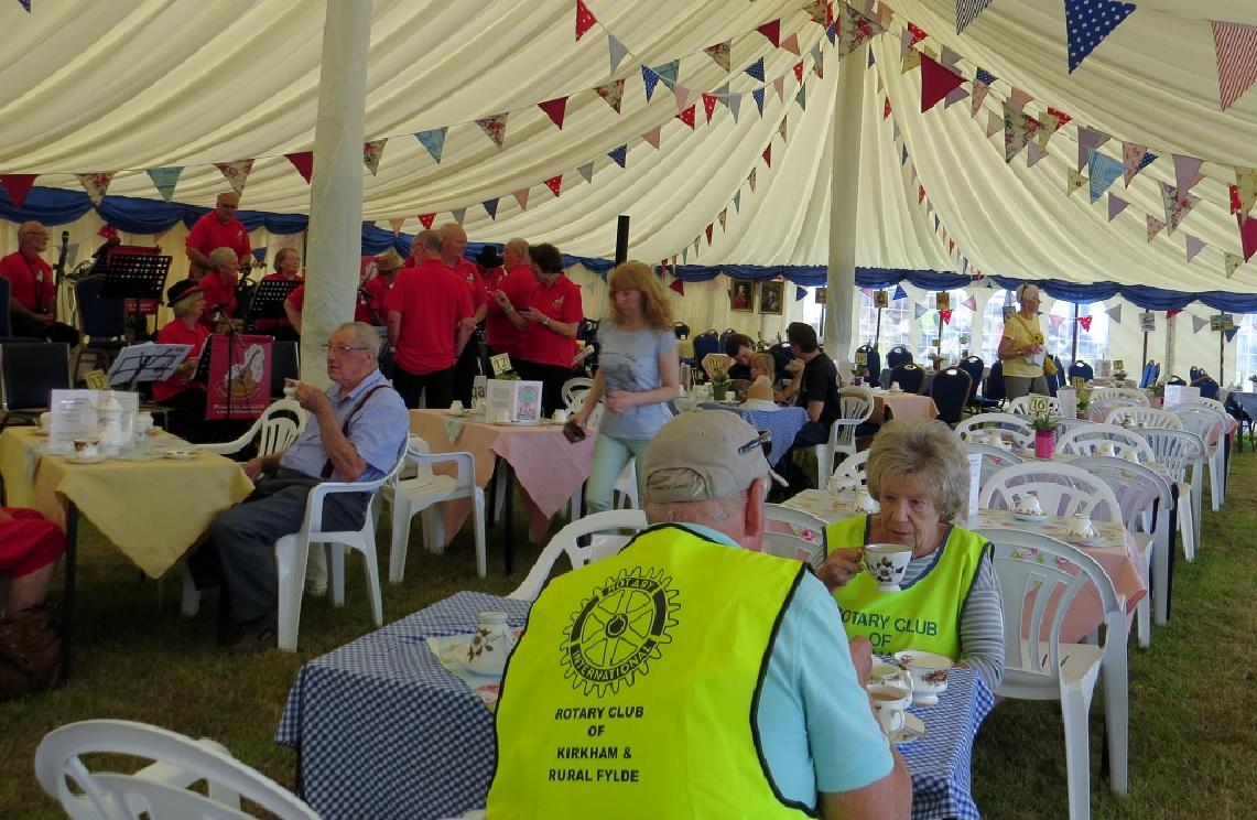Leisure Lakes Steam and Vintage Vehicle Rally 2016 - Time for a Brew From Our Partner Rotary Club Members from Kirkham