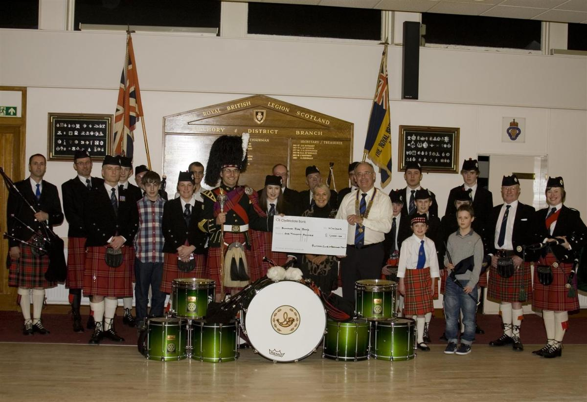 2013 Presentation to Banchory Pipe Band - BL 11 (Large)