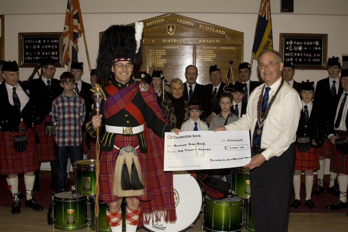 2013 Presentation to Banchory Pipe Band - BL 3 (Large)