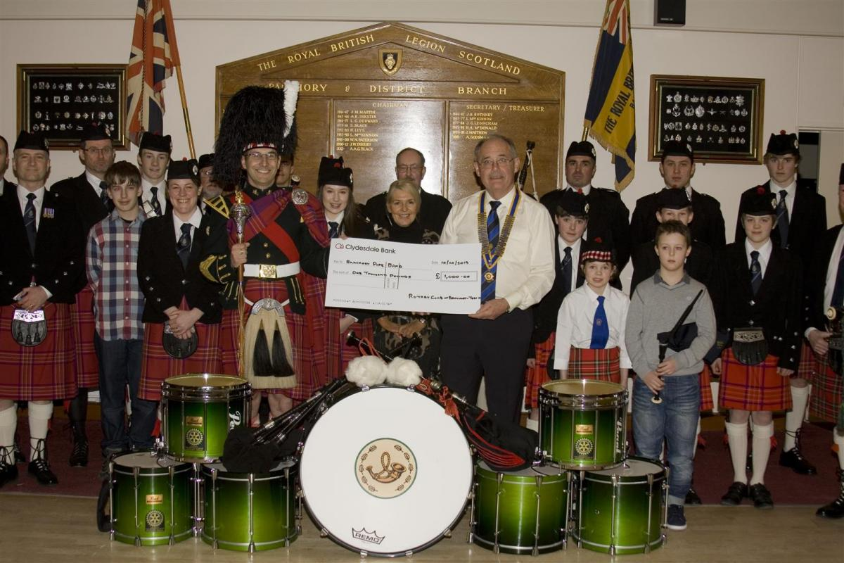 2013 Presentation to Banchory Pipe Band - BL 5 (Large)