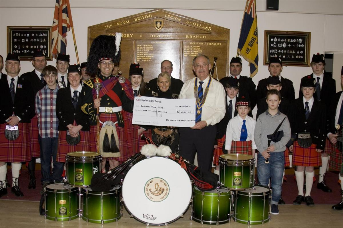 2013 Presentation to Banchory Pipe Band - BL 6 (Large)