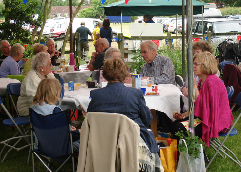 Blues at Burstead - June 2012 - Norman and his guests