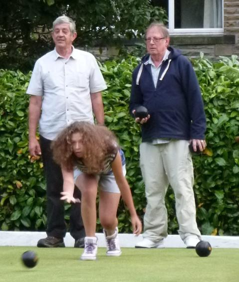 Rufford Park welcomes careful bowlers - The bowl-off begins - worry or coolness personified