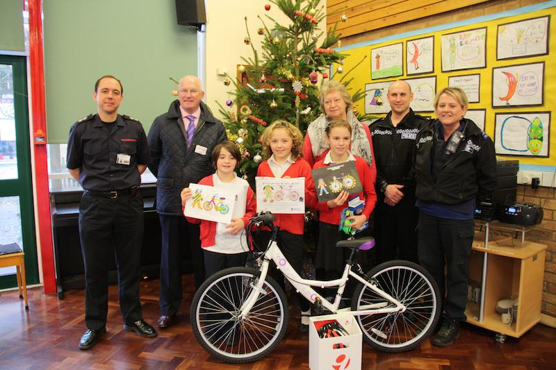 Primary School Be Safe, Be Seen Campaign - Be Seen, Be Safe Competition judges and winners