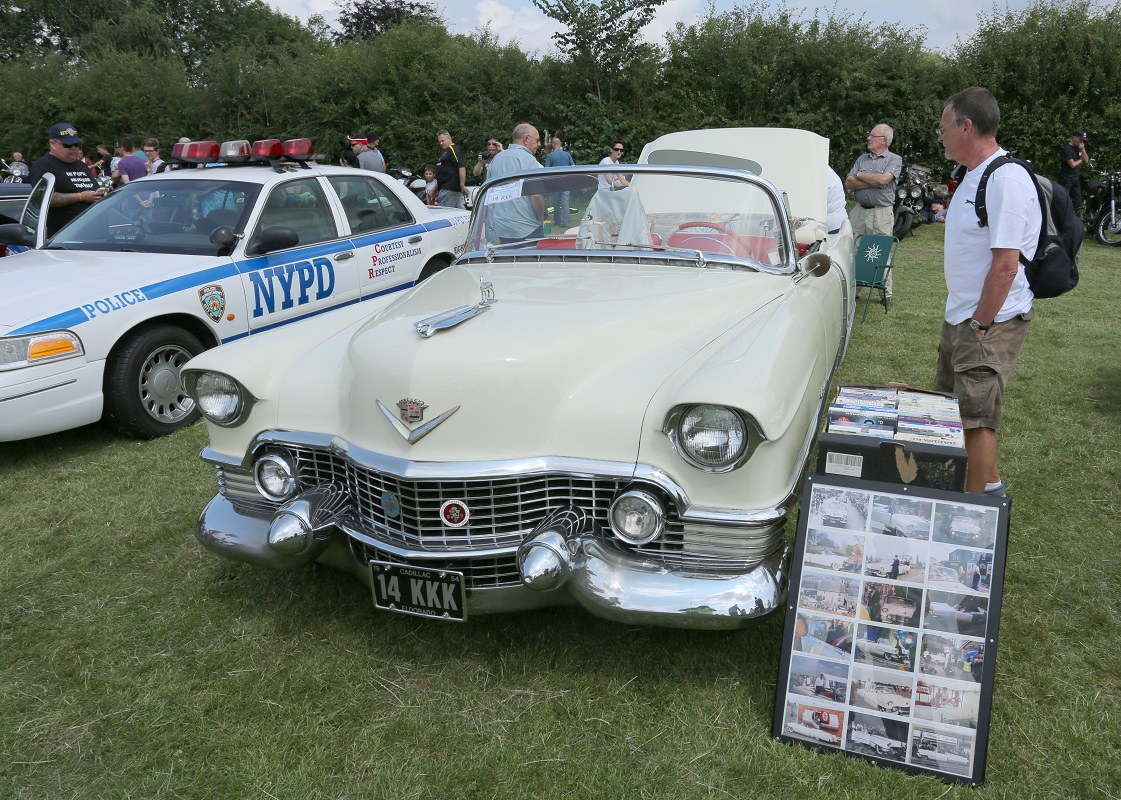 Doncaster Classic Car and Bike Show 2017 - Cadilac Eldorado