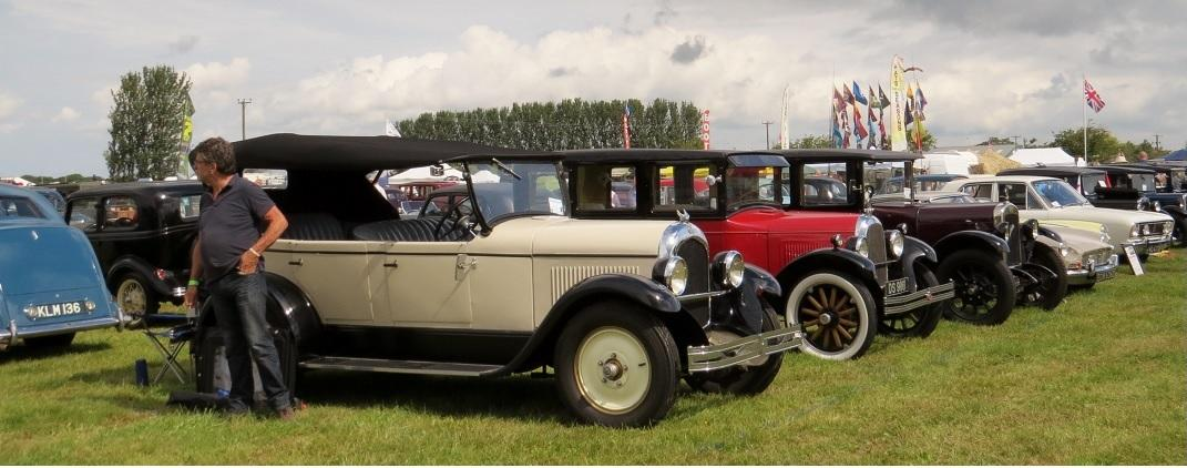 Leisure Lakes Steam and Vintage Vehicle Rally 2016 - More Vintage Cars Under a Grey Sky!