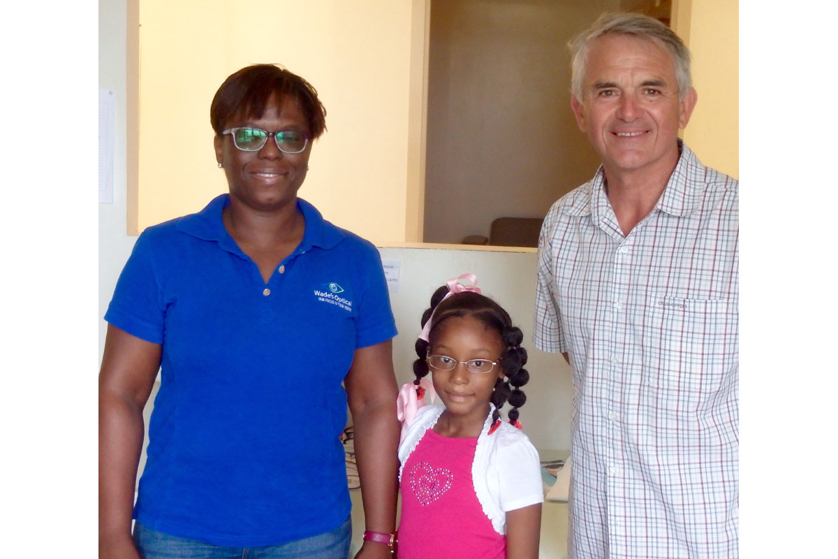 Children's Eye Test Programme, Carriacou - Dale Worthington with Roxanne Wade, Optician