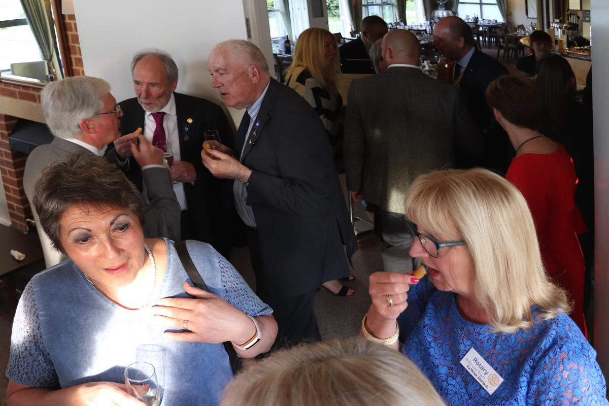 Billericay Town Rotary Club - Animated discussions