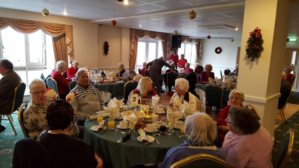 Shanklin Rotary Club Hosts Senior Citizen Christmas Lunch -