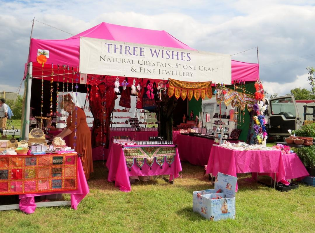 Leisure Lakes Steam and Vintage Vehicle Rally 2016 - Spot the Pink Stall !