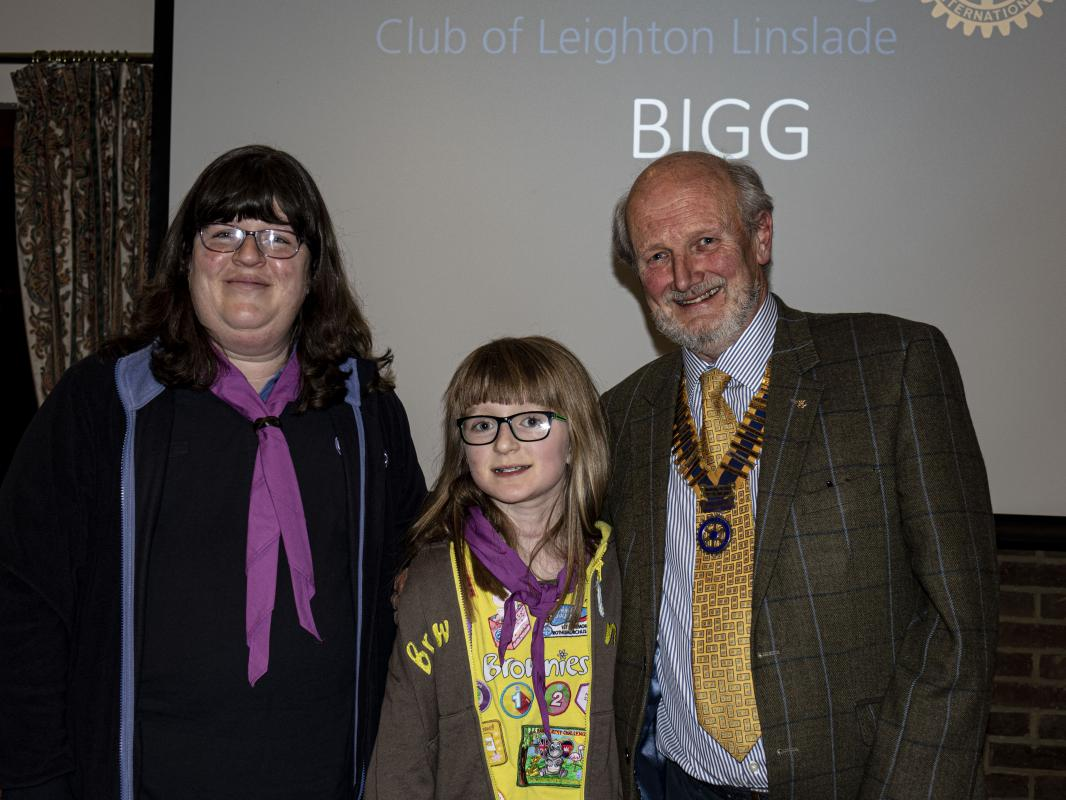 Leighton Linslade thanks all of Santa's Little Elves - Bedfordshire Inclusive Girl Guides