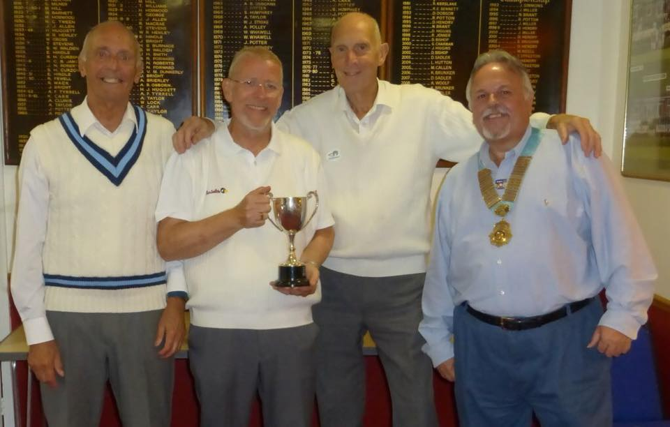 District Governor's Newsletter - October 2019 - DG Dave with the winning team from Luton Chiltern