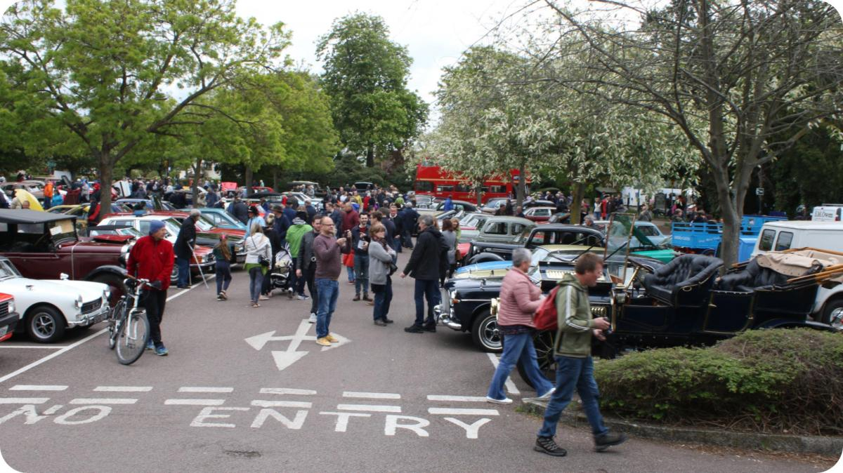 Royston Historic Vehicle Show - People flock to see all the different cars