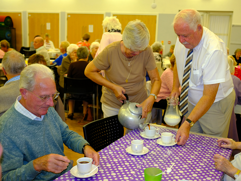 Cottingley Senior Citizens Tea Party - Rotarians helping on