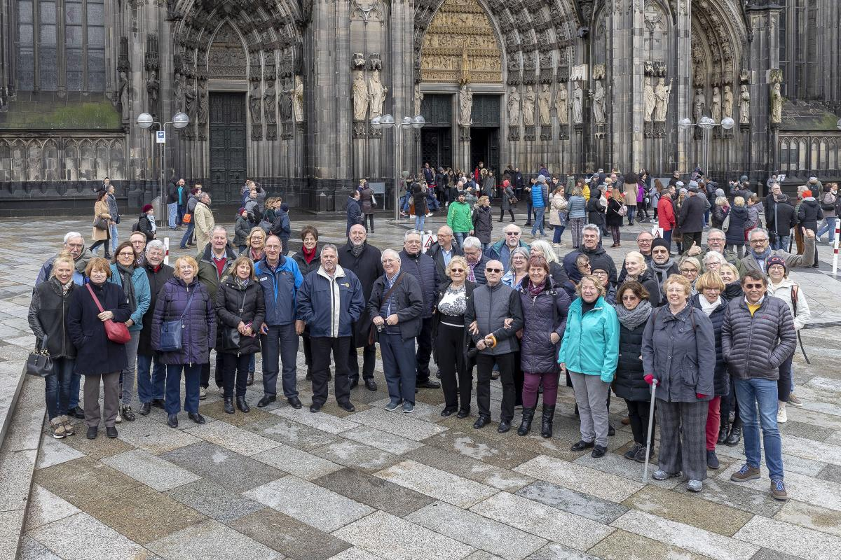 District Governor's Newsletter - April 2019 - Visiting Cologne Cathedral with twin club Hilden-Haan