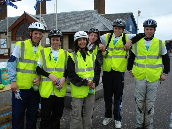 Two Capitals Cycle Run 2007 - Stewards at Queensferry