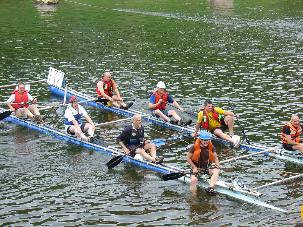 2007 Raft Race - Newland Newts  --  Best pub entry