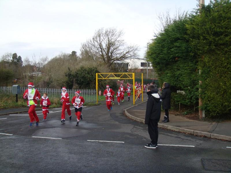 The Rotary Santa Fun Run December 2014 - DSC02244
