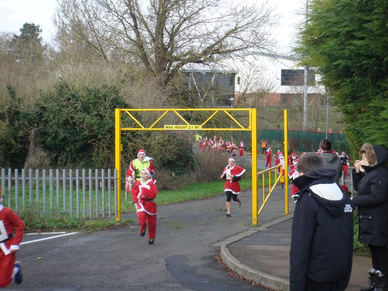 The Rotary Santa Fun Run December 2014 - DSC02245