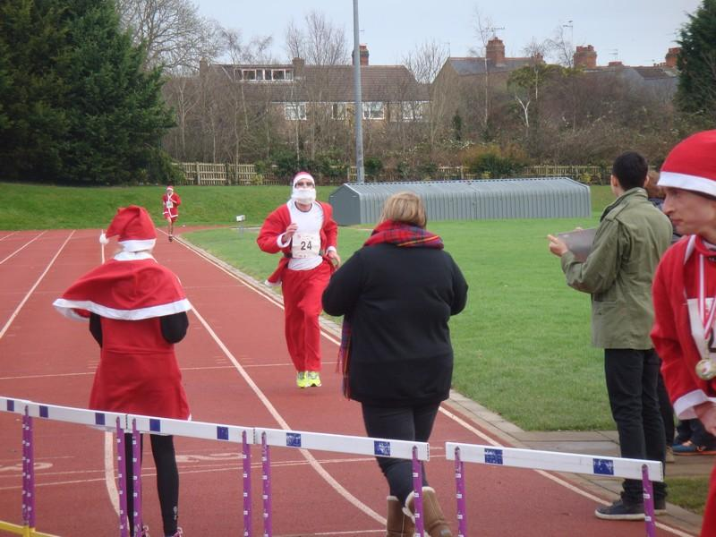 The Rotary Santa Fun Run December 2014 - DSC02253