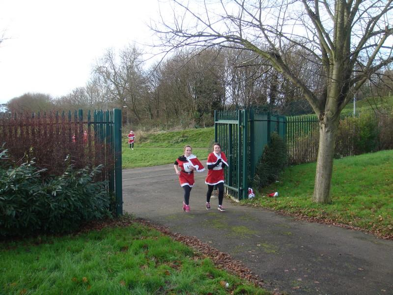 The Rotary Santa Fun Run December 2014 - DSC02266