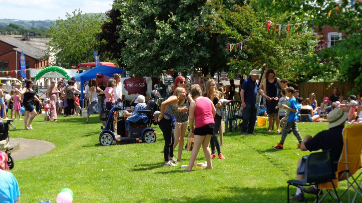 The Big Lunch - Free Community Event - Sturminster Newton Rotary Big Lunch)