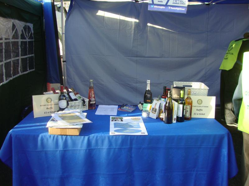 Thame Rotary at Thame Food Festival - Hamper with good foods and wines