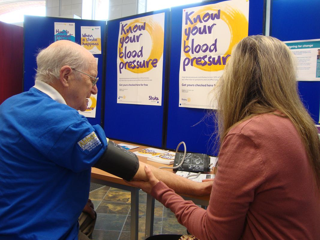 Rotary helps conquer stroke in the Thame area - At Thame's Coop.