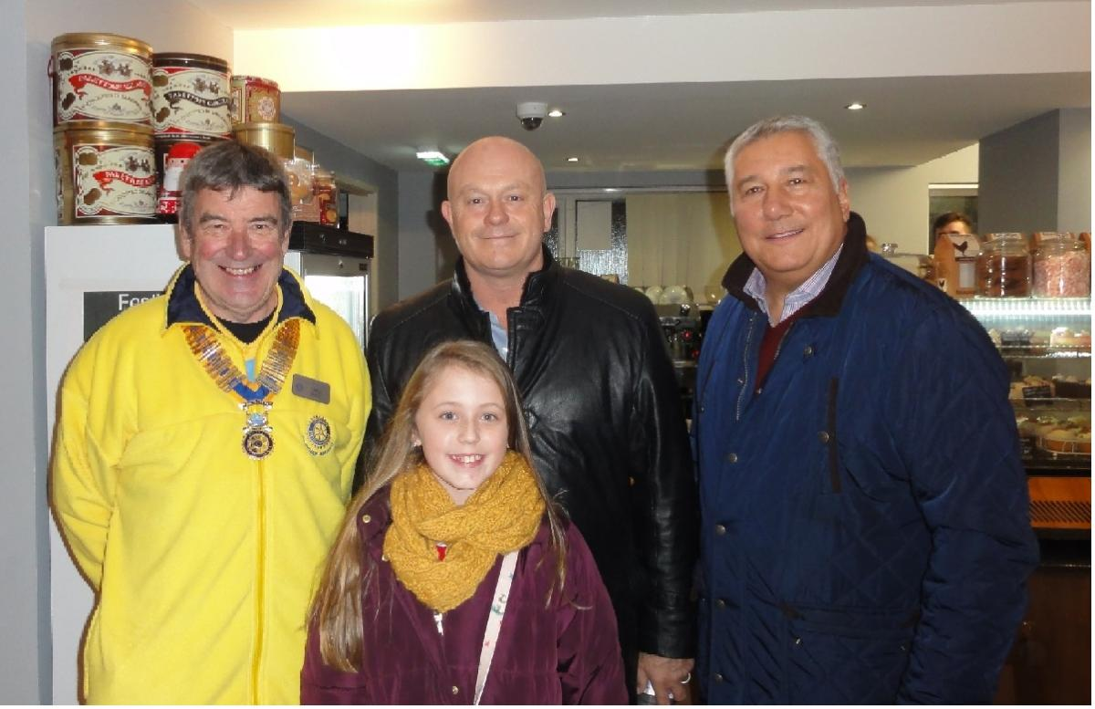 Community - Maisie Paice with Ross Kemp, Chris Vance and Nick Pink