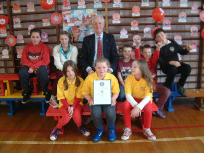Dunlop Primary School RotaKids Club - Presentation of Inauguration Certificate