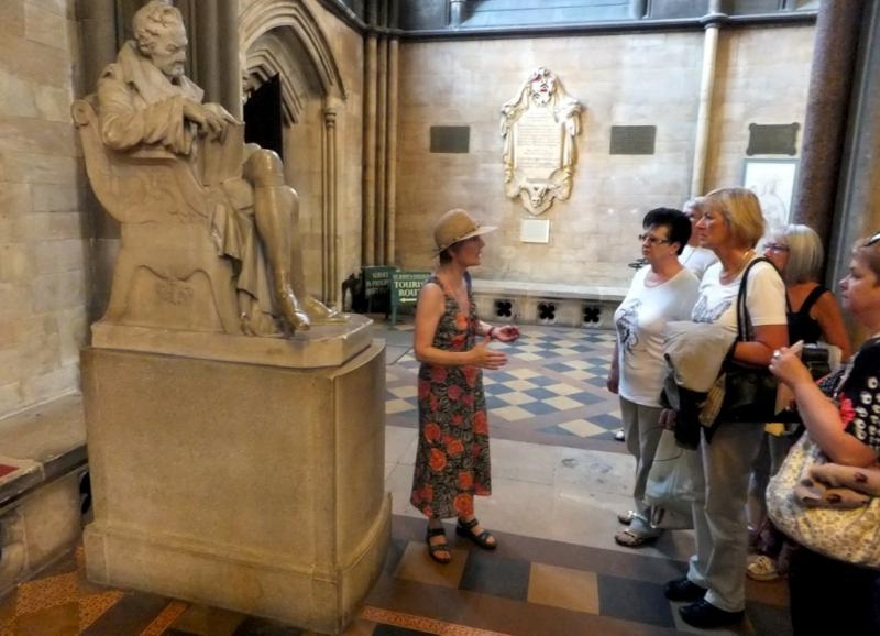 Visit from Pirmasens RC & Kiev Centre RC - May 2012 - Admiring William Wilberforce in the Chapel