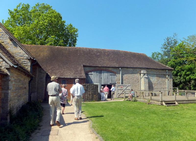 Visit from Pirmasens RC & Kiev Centre RC - May 2012 - Arriving at Mary Arden's Farm near Stratford