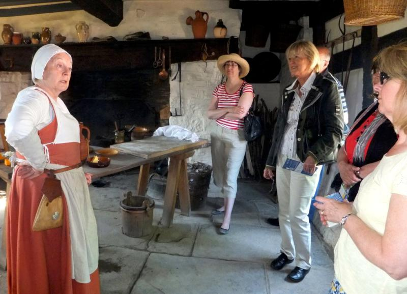 Visit from Pirmasens RC & Kiev Centre RC - May 2012 - Finding out what the Tudors cooked for dinner