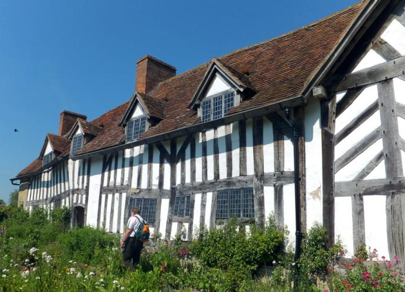 Visit from Pirmasens RC & Kiev Centre RC - May 2012 - The beautiful, old Tudor farmhouse