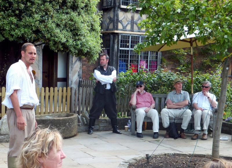 Visit from Pirmasens RC & Kiev Centre RC - May 2012 - Shakespeare performed in the garden of Shakespeare's birthplace
