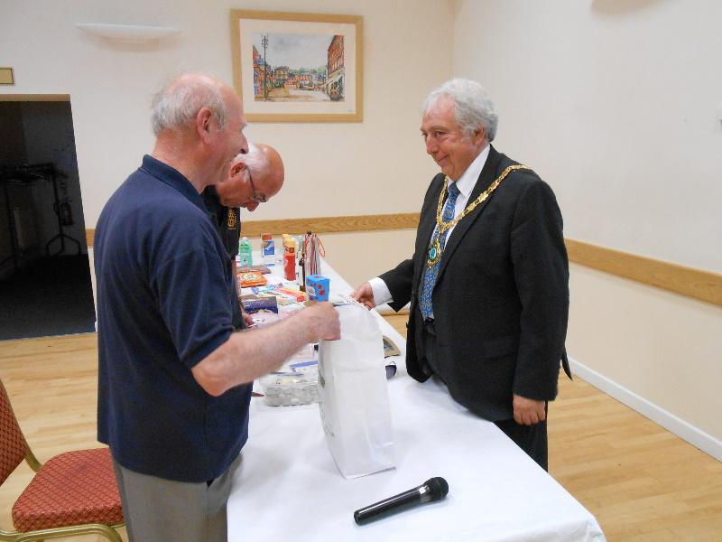 Strawberry Tea 2014 - The Mayor makes the draw