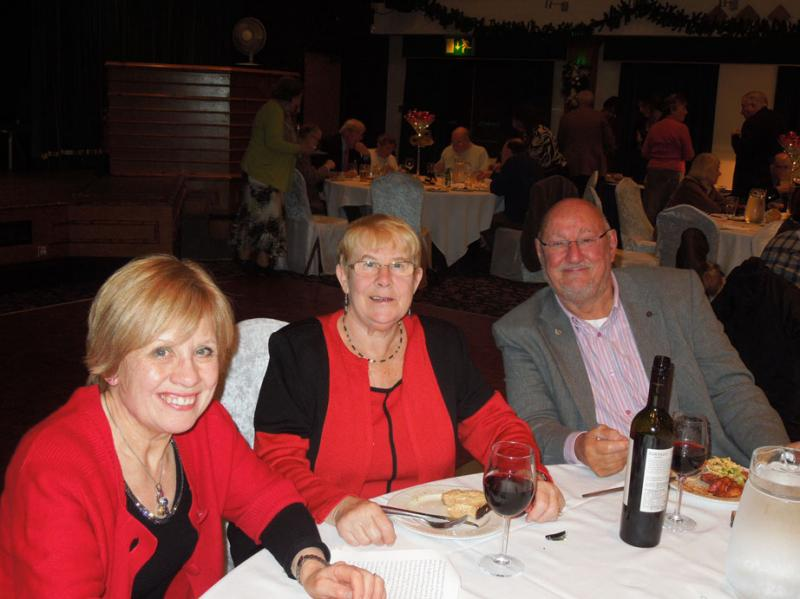 Christmas Dinner -Hough End Centre - DSCN2711a