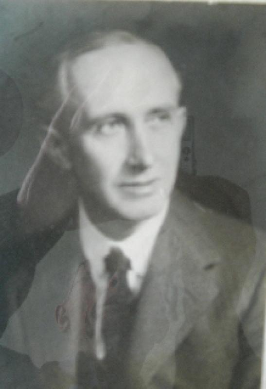 The Beginning of the Club 1927-1928 - Founding President Dr Lloyd Davies