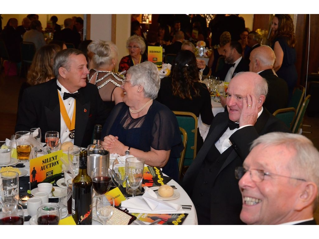 Charity Remembrance Ball Raises £6600 - DSC 0074(4)