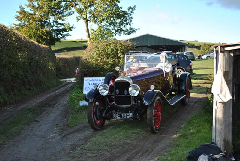 Car Rally parking for the VSCC near Whitton - Going home 5