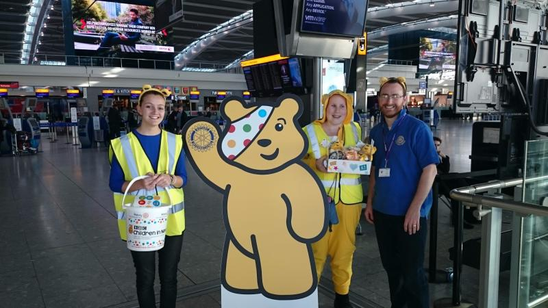 Children in Need Collection Heathrow 13th Nov 2015 - Terminal 5 with Rotaract