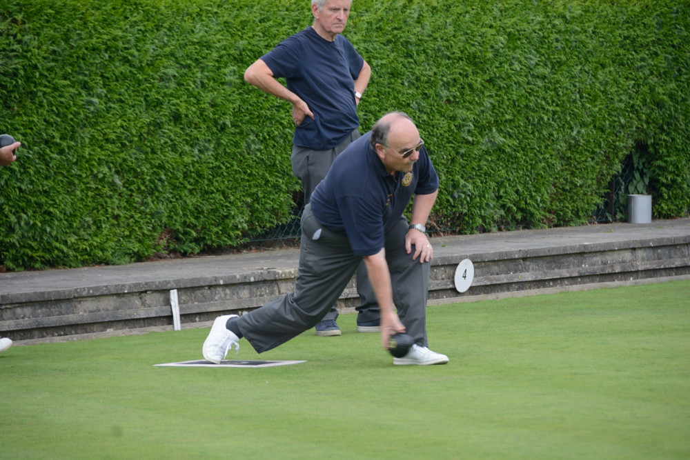 TEAM BASINGSTOKE DEANE THROUGH TO BOWLS FINAL - DSC 8411